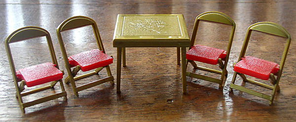 dollhouse furniture