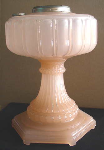 Aladdin Cathedral Rose Moonstone Lamp 2