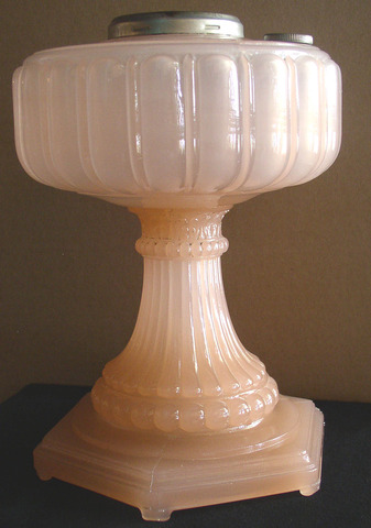 Aladdin Cathedral Rose Moonstone Lamp 1