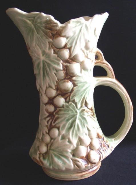 Vintage Mccoy Grape Leaf Pitcher Vase 1950s Thingery Previews