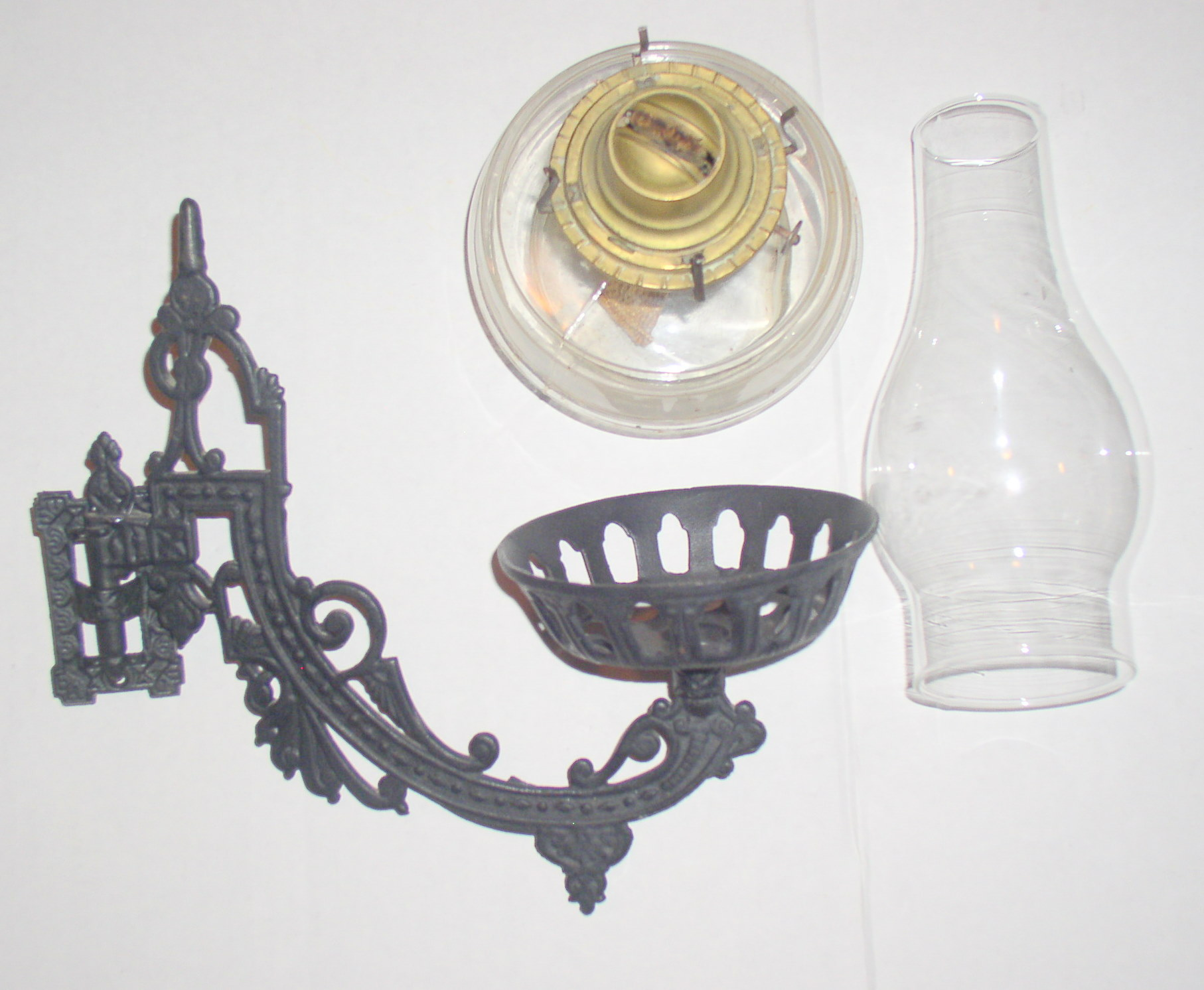 Iron Wall Brackets For Lamps : Antique Cast Iron Oil Lamp Wall Bracket Lamp Complete Thingery Previews Postviews & Thoughts