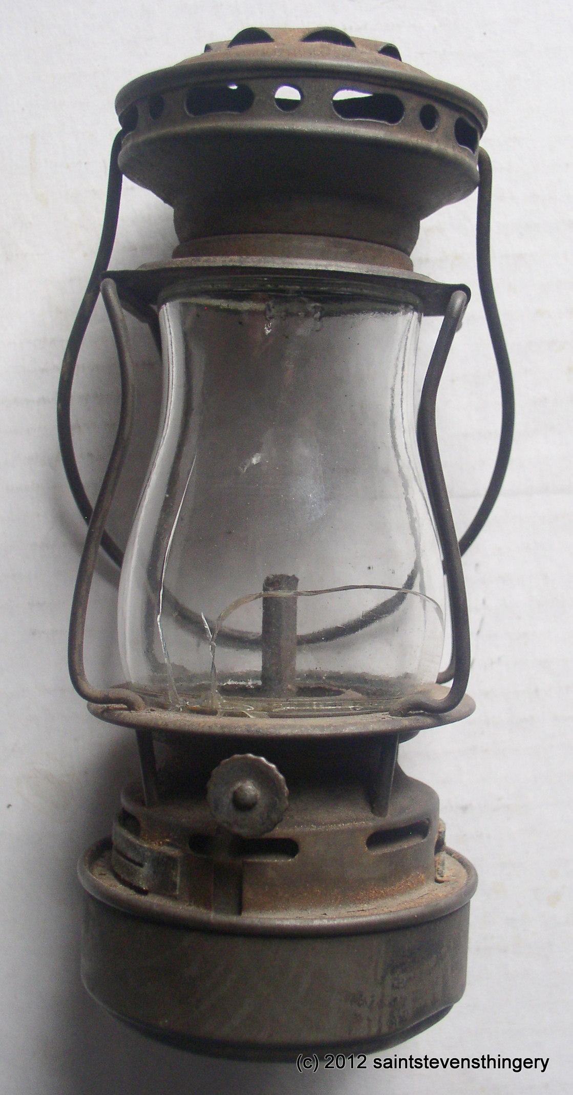 Antique Dietz Scout Skaters Kerosene Lantern Lamp Patent