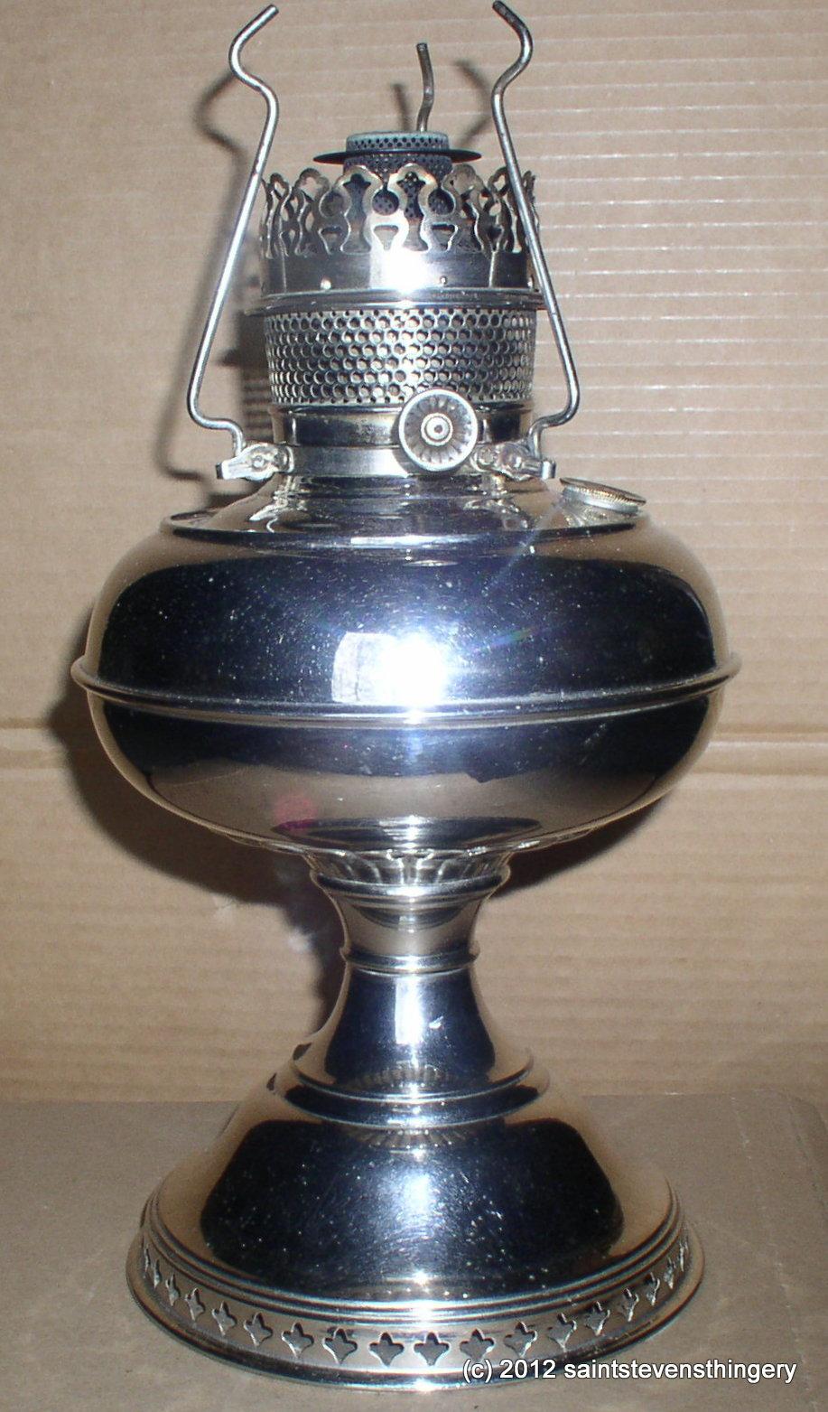 Antique Rayo Center Draft Kerosene Oil Lamp Folding Tripod