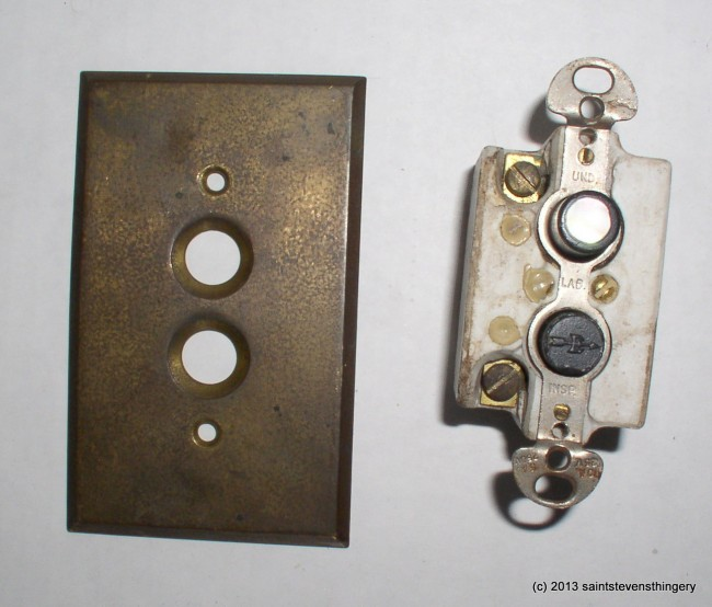 Arrow Switch & Plate 2