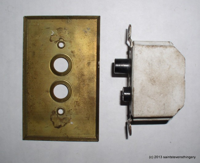 Arrow Switch & Plate 3