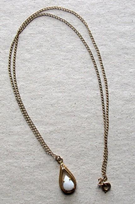 Chain Fire Opal Pendant 1
