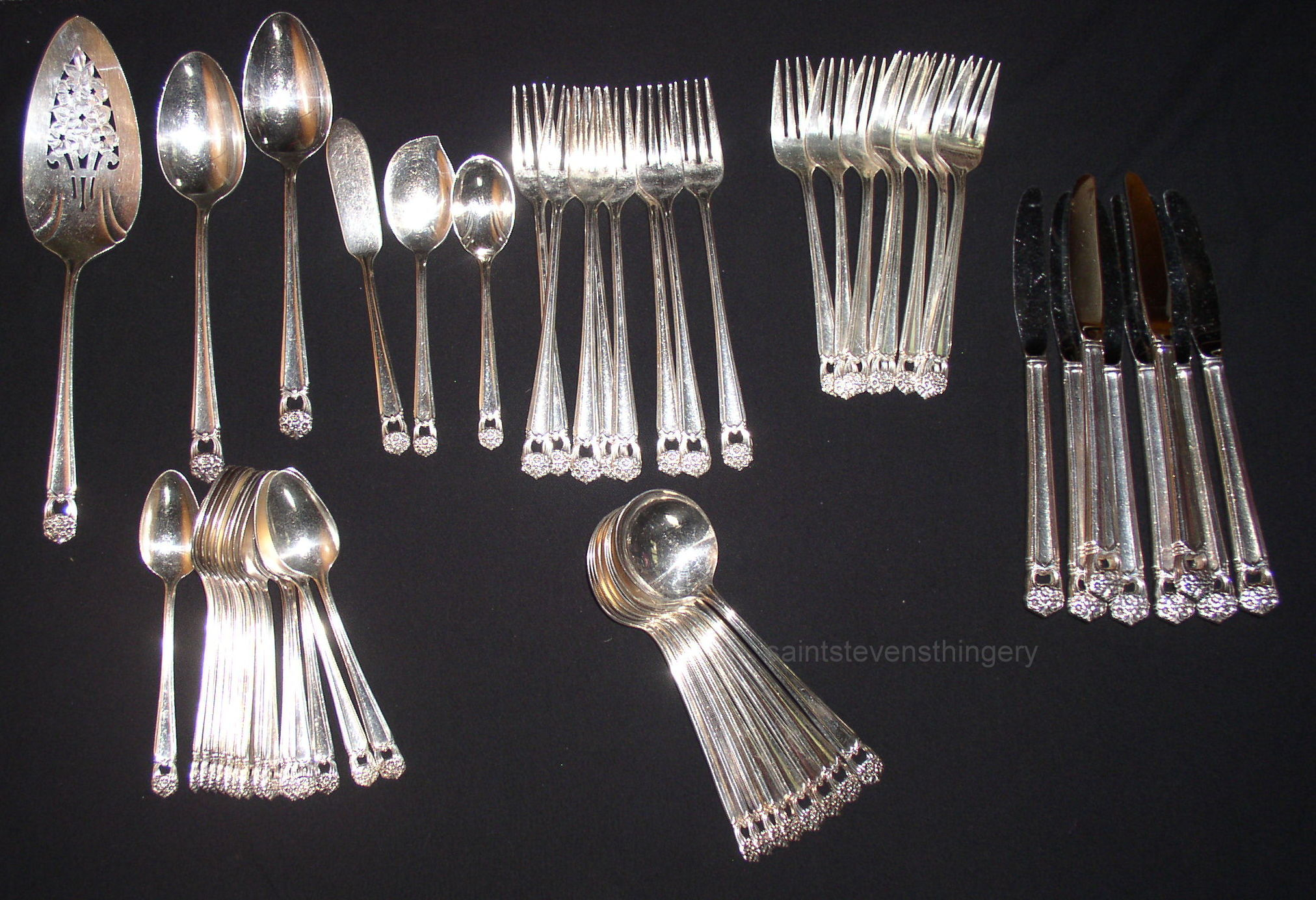 1847 Rogers Bros Eternally Yours Silverplate Flatware Set