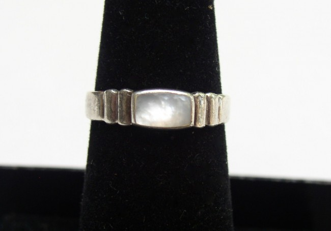 Sterling MOP Ring 2