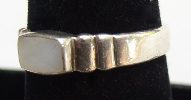 Sterling MOP Ring 3