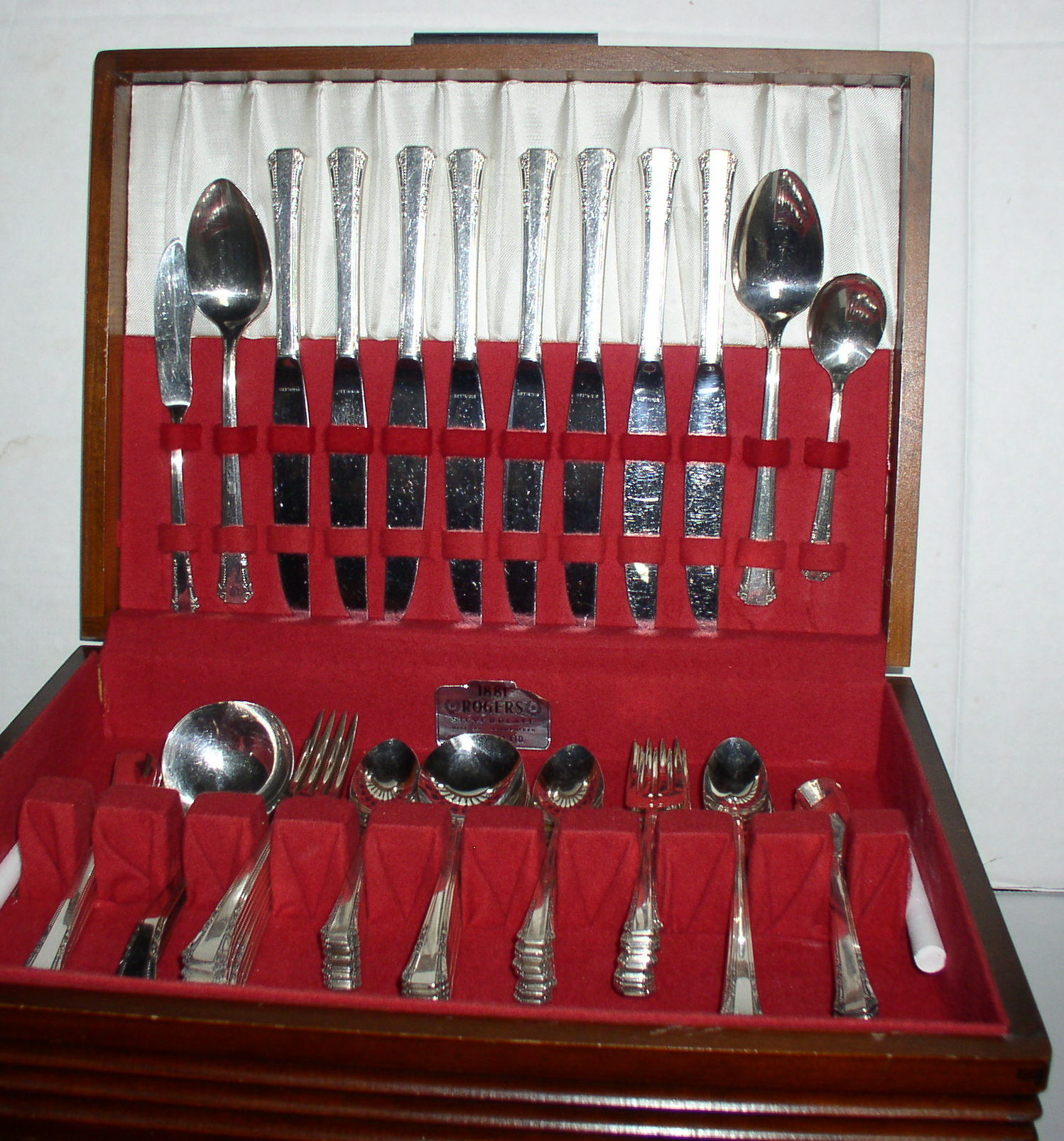 1881 Rogers Oneida Del Mar Pattern Silverplate Flatware