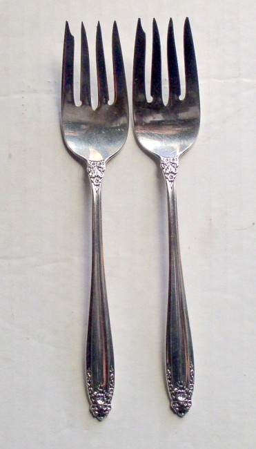 "International 1939 PRELUDE pattern salad fork 6 5/8"" 1"