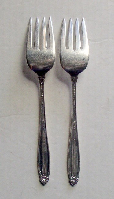 "International 1939 PRELUDE pattern salad fork 6 5/8"" 2"