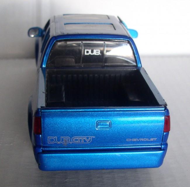2000 Chevy S-10 4