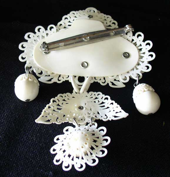 filigree brooch 2