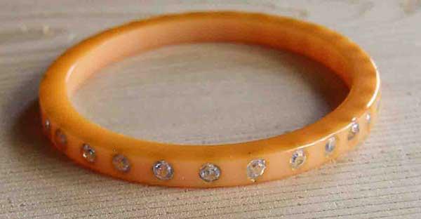 childs bakelite bracelet
