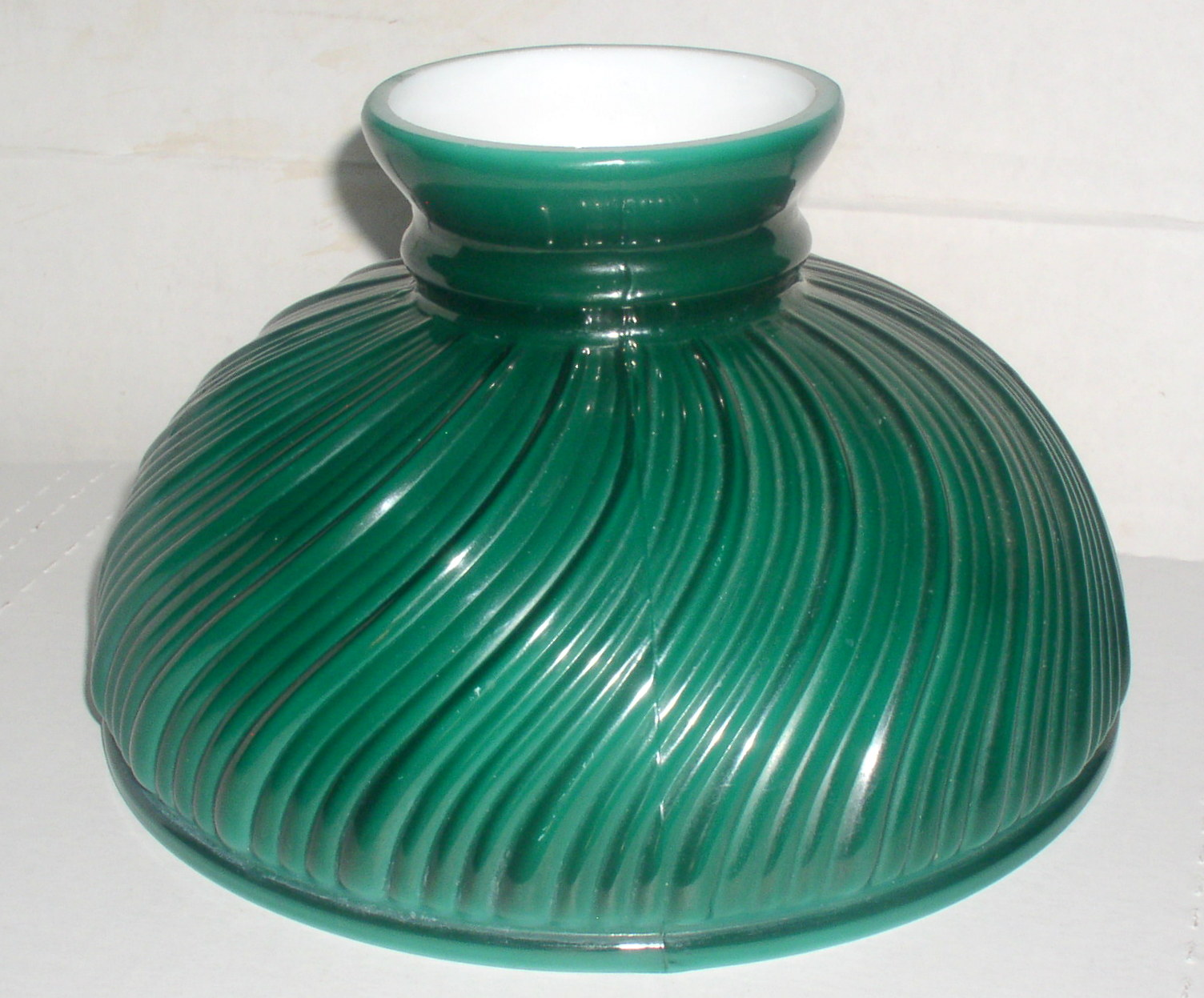 Green Cased Glass Lamp Shade Thingery Previews Postviews