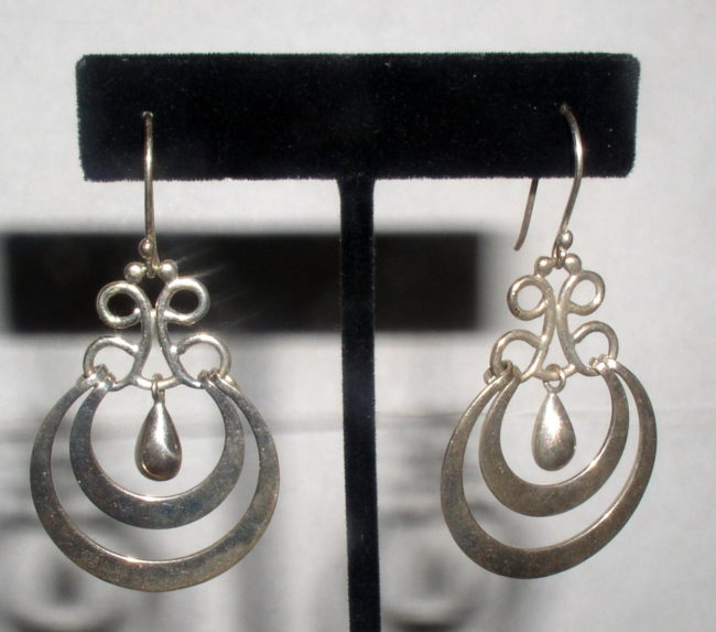Dangle Teardrop Earrings 1