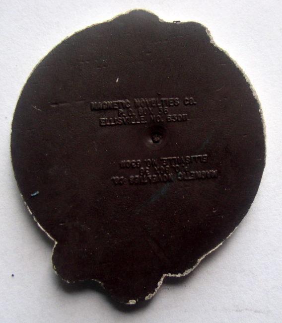 Schlitz Globe Magnet 2