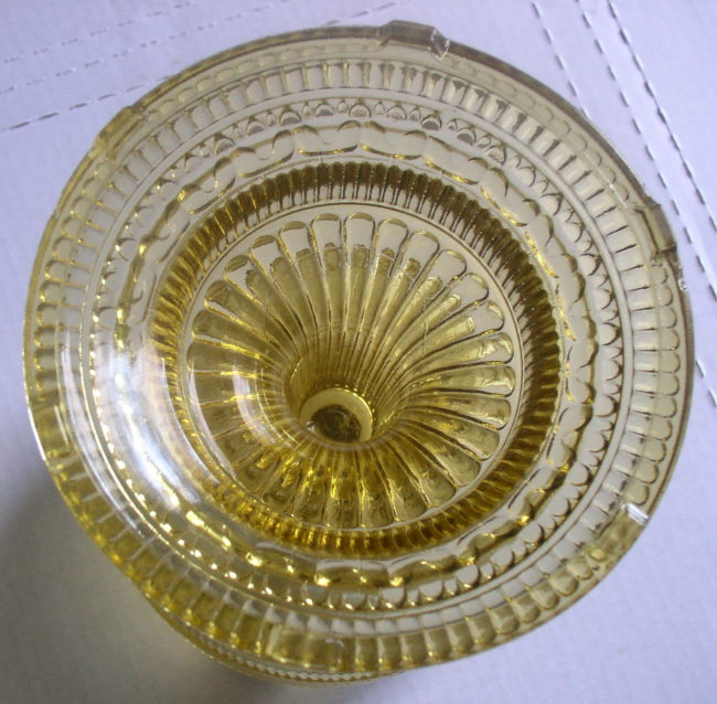 Amber Colonial Lamp 6