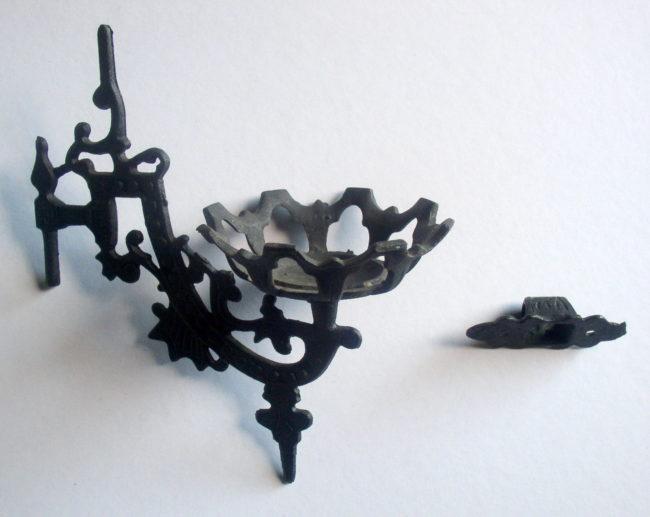 Wall Mounted Oil Lamp Holder : Cast Iron Wall Mount Bracket Kerosene Oil Lamp Holder, Complete Thingery Previews Postviews ...