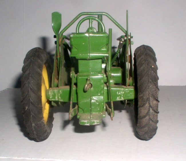 Deere Tractor With Loader 4