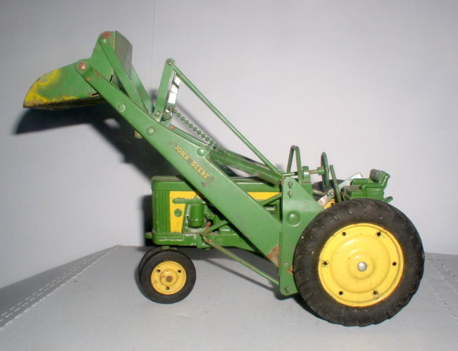 Deere Tractor With Loader 7