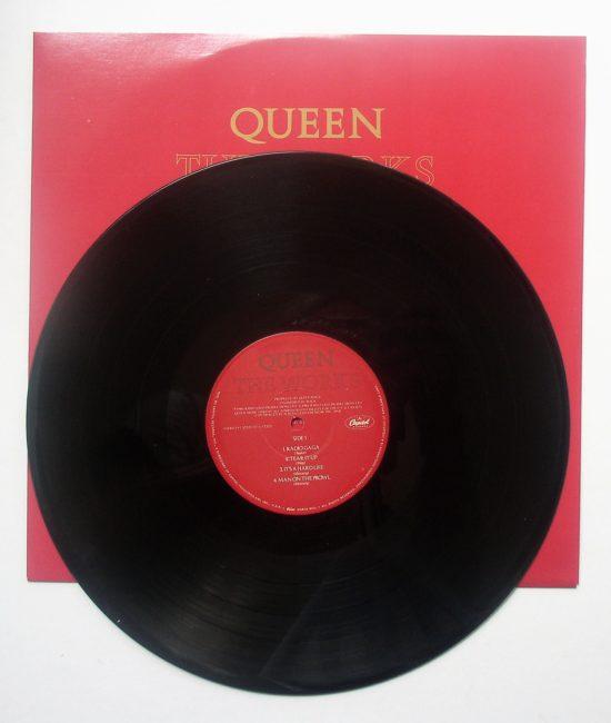 Queen LP 3