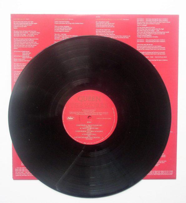 Queen LP 4