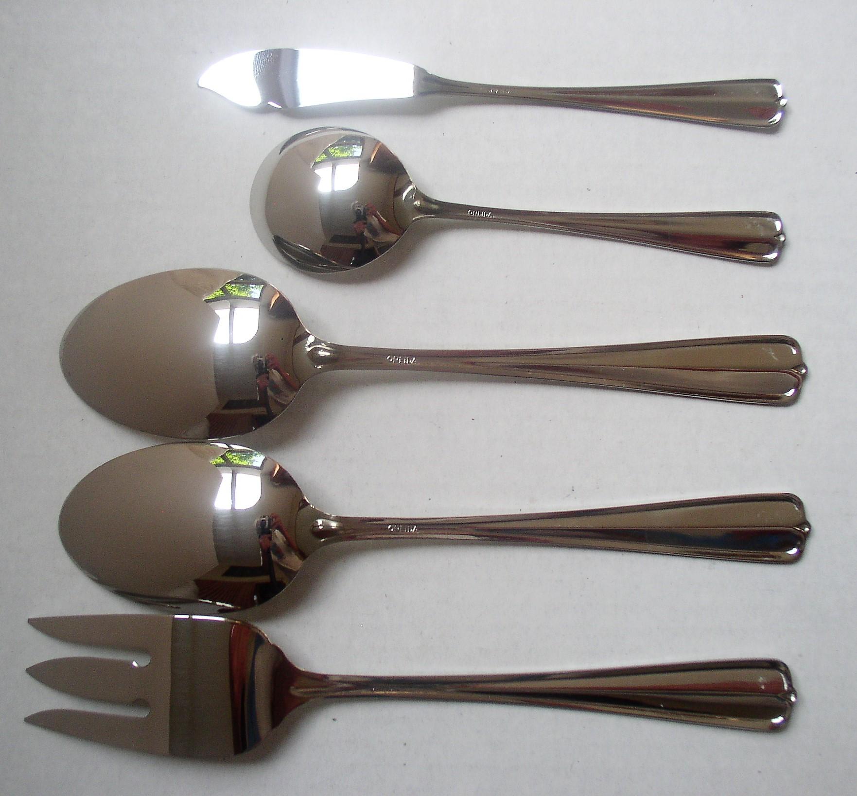 5 Oneida Gala Impulse Stainless Serving Pieces Unused Spoon Fork
