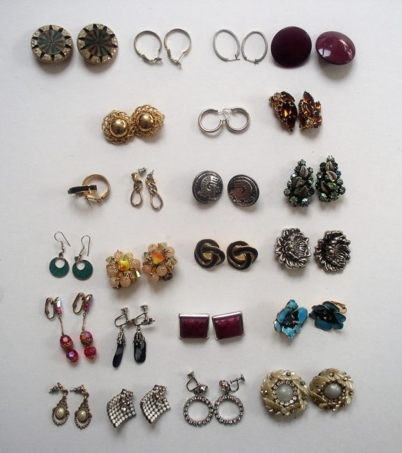Earring Lot 1