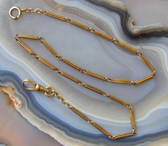 Simmons Art Deco Chain 1