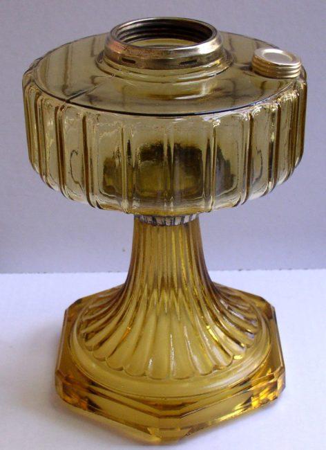 B 101 Oil Lamp 1
