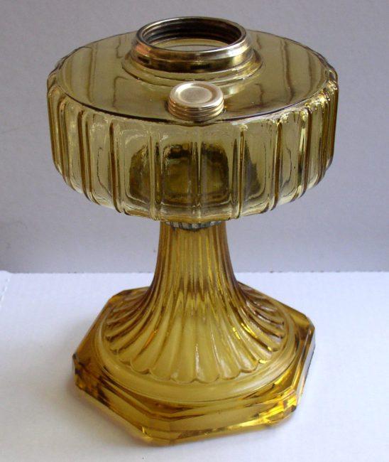 B 101 Oil Lamp 2