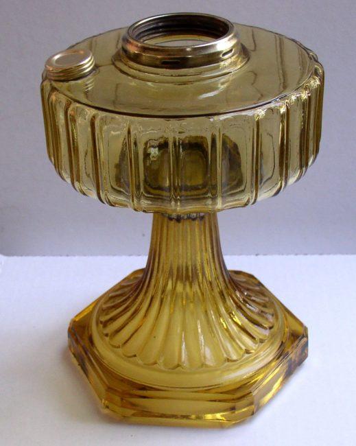 B 101 Oil Lamp 3