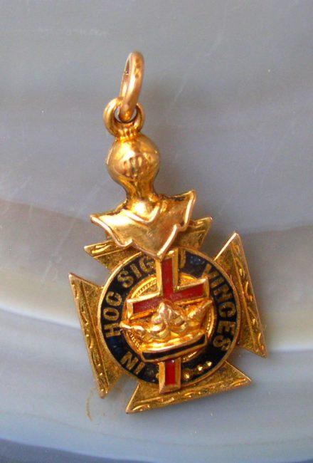 Masonic Pendant 1